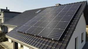 Instalacja fotowoltaiczna 6.6 kWp zbliżenie na panele